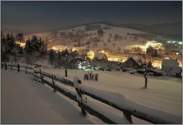 Hrbitov-zima-2013 nocni 113