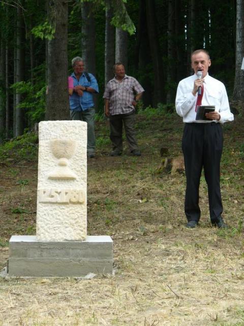 Jan Hudec - Odhaleni pametniho kamene tajneho shromazdeni evangeliku na bile 5.7.2010